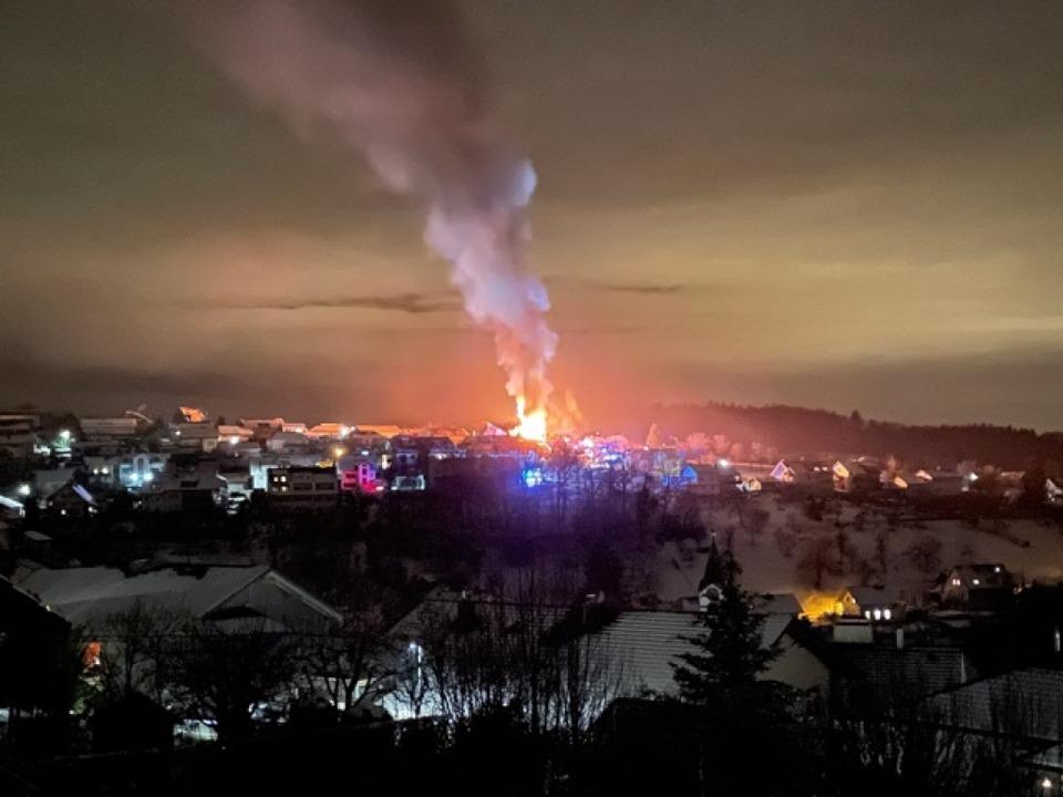 Wohnhausbrand in Wiechs  | Foto: Günther Köhler