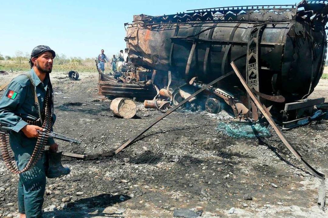 US-Kampfflugzeuge führten den Angriff aus  | Foto: epa Jawed Kargar (dpa)