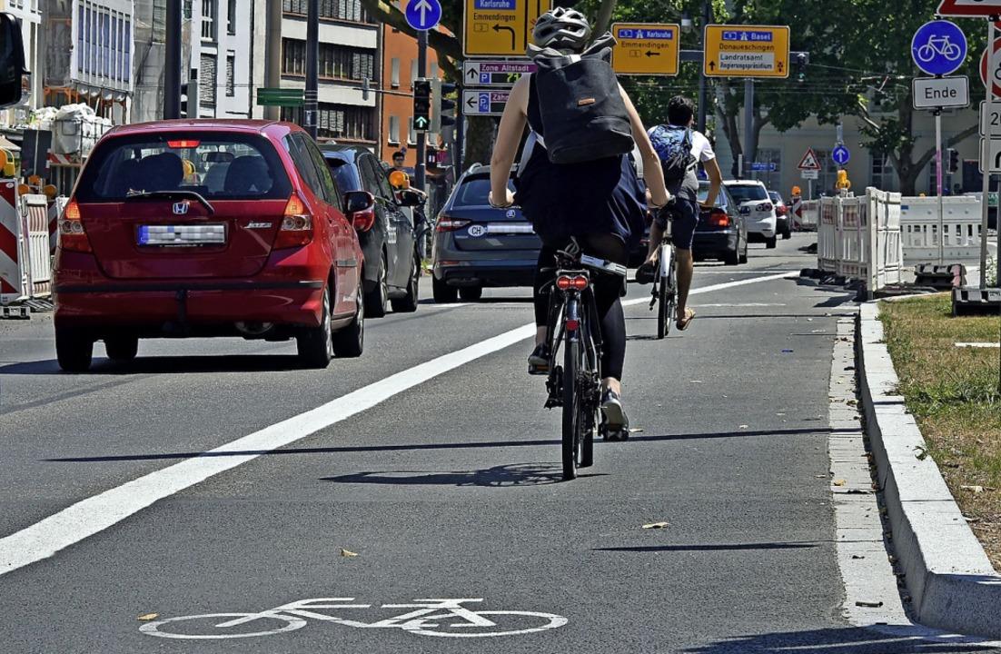 Radfahrstreifen scheinen in anderen Städten gut zu funktionieren.  | Foto: Michael Bamberger