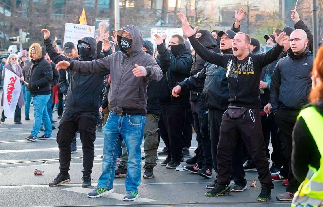 Querdenker-Demo in Leipzig  | Foto: Sebastian Willnow (dpa)
