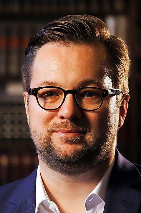 Der Basler Soziologe Oliver Nachtwey hat die Querdenker-Gruppen analysiert.  | Foto: ZVG