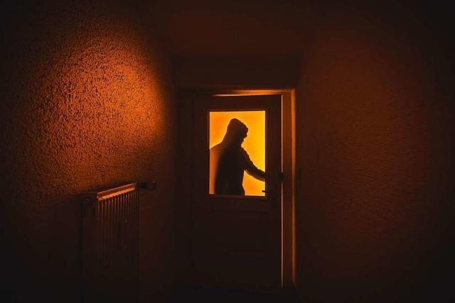 Unbekannte brechen in Wohnhaus und Auto in Ballrechten-Dottingen ein