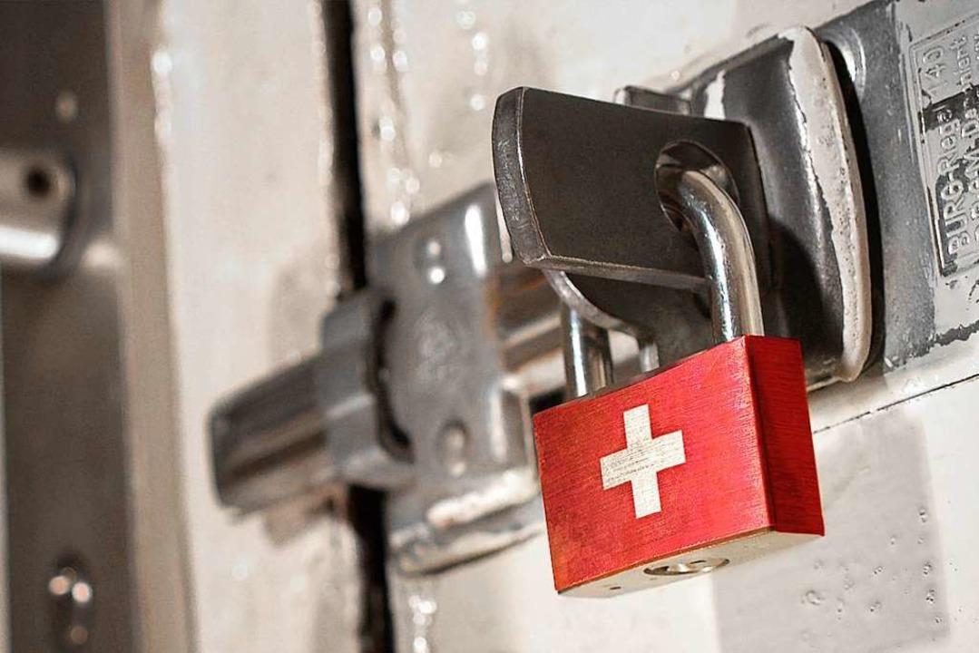 Schafft es die Schweiz sicher aus dem Lockdown?    Foto: eyegelb (stock.adobe.com)