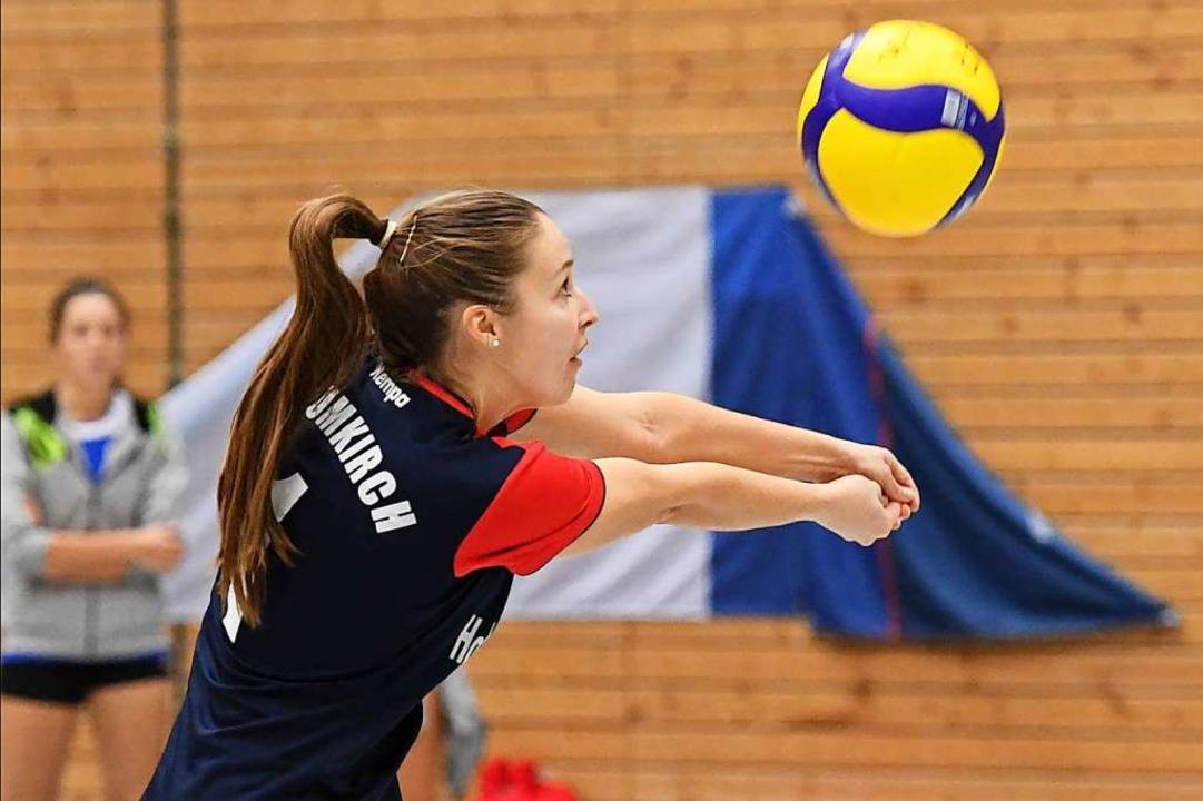Chefin der Annahme beim Volleyball-Dri...ten VfR Umkirch: Libera Julia Steinert  | Foto: Achim Keller