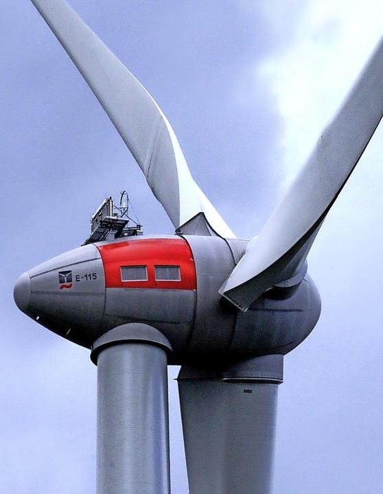 Die Windkraftanlage auf dem Langenhard      Foto: Heidi Foessel