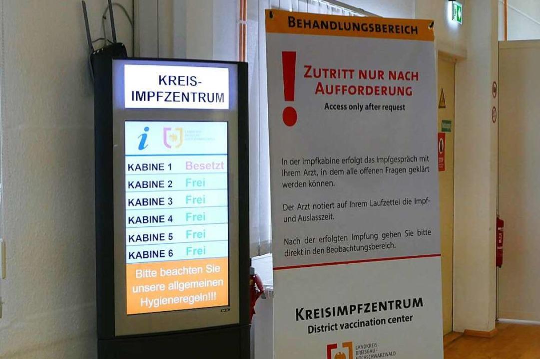 Im Januar 2021 hat das Kreisimpfzentrum in Müllheim den Betrieb aufgenommen.  | Foto: Susanne Ehmann