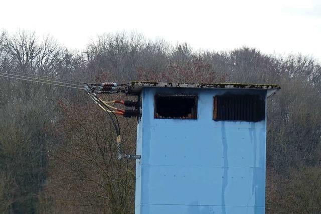 In Welmlingen brannte eine Trafostation