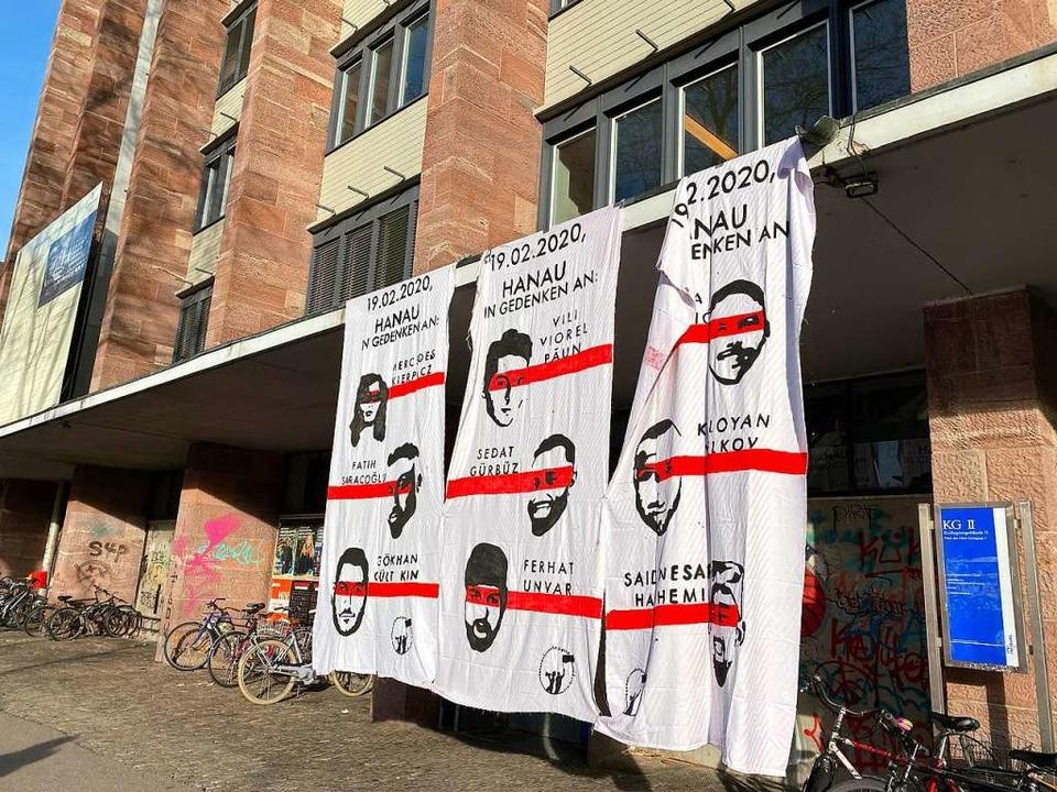 Die Namen der Opfer waren allgegenwärtig.  | Foto: Anika Maldacker