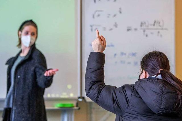 Lehrer und Kita-Betreuer werden früher als geplant gegen Covid-19 geimpft