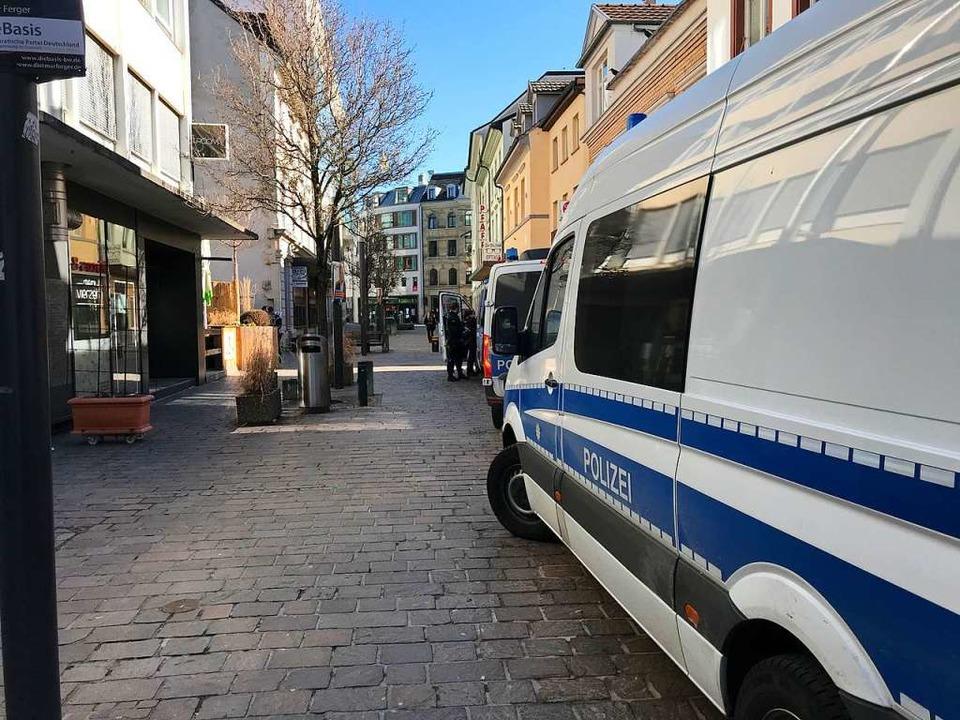Großes Polizeiaufgebot in der Innenstadt  | Foto: Jonas Hirt