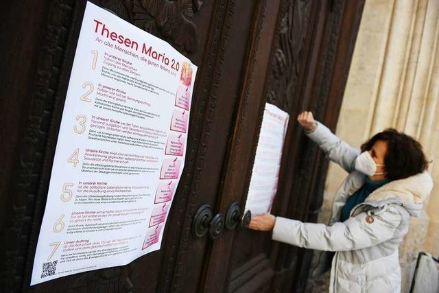 Maria 2.0-Aktivistinnen schlagen Thesen zur Kirchenreform an