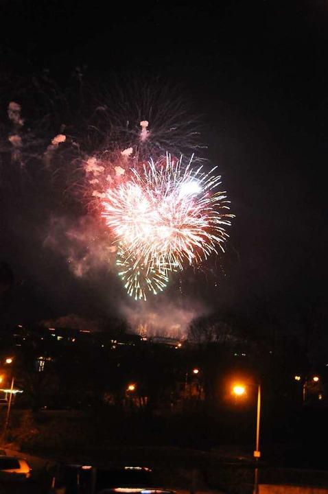 Über Lörrach-Stetten wurde ein Feuerwerk gezündet.  | Foto: Daniel Gramespacher