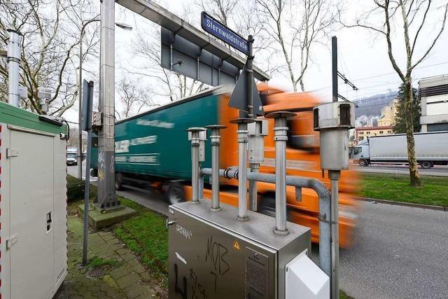 Fahrverbote und Pförtnerampel sind für Freiburg vom Tisch