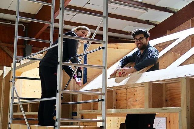 Junges Paar plant und baut ein 30-Quadratmeter-Haus bei Breisach