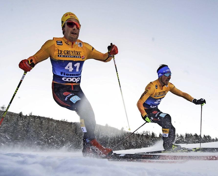 Dynamisch: Janosch Brugger (links) und Jonas Dobler bei der Tour de Ski    | Foto: MAXIM THORE via www.imago-images.de