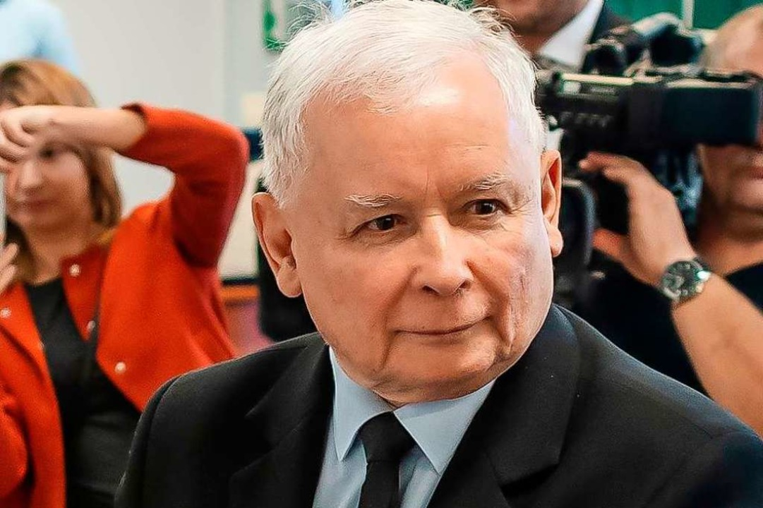 PiS-Chef Jaroslaw Kaczynski will den N...schland vorangetrieben werde, bremsen.  | Foto: WOJTEK RADWANSKI (AFP)