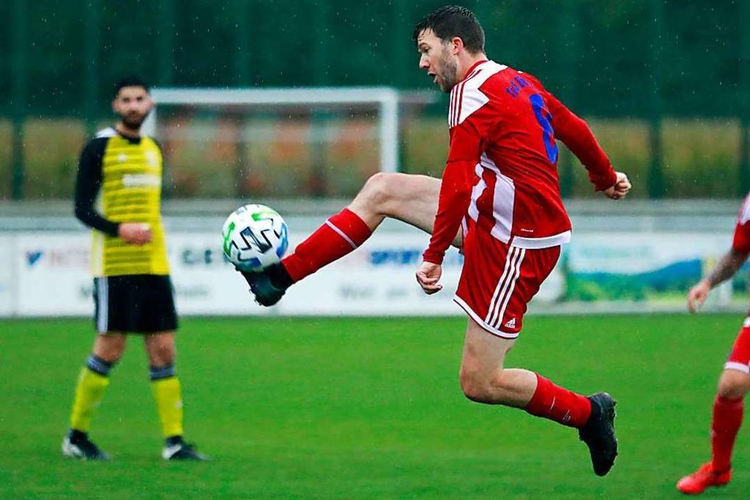 Einer der TuS-Akteure mit höherklassig...mbach in der Landes- und Verbandsliga.  | Foto: Niklas Schöchlin