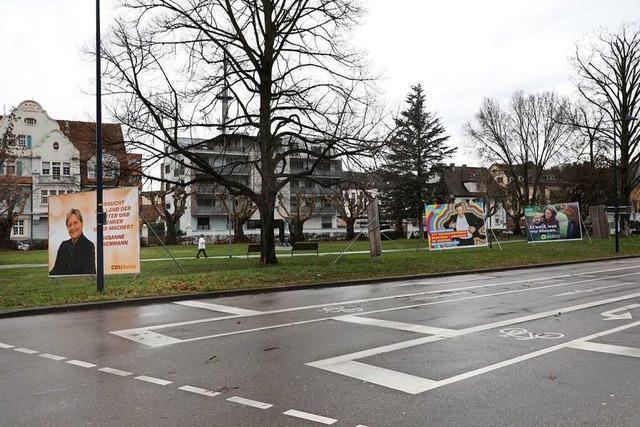Vier Parteien erstatten Anzeige nach Zerstörung von Wahlplakaten