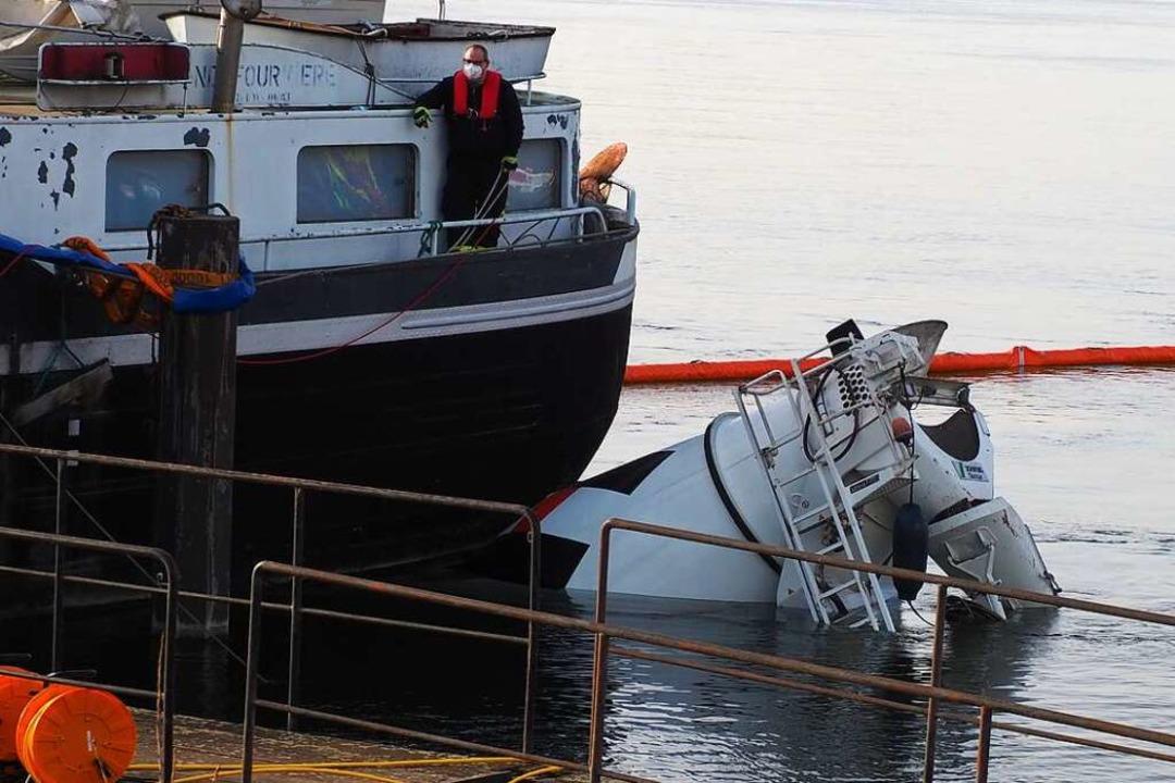 Das Frachtschiff verhinderte Schlimmeres  | Foto: Herbert Frey