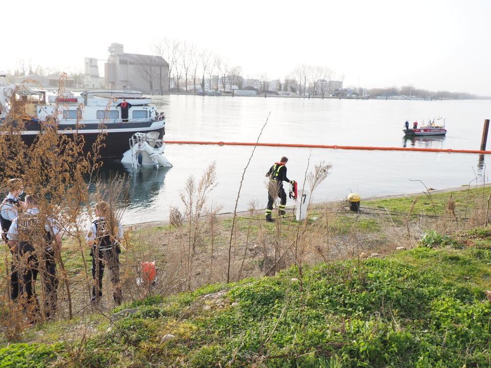 Großeinsatz in Weil am Rhein  | Foto: Herbert Frey
