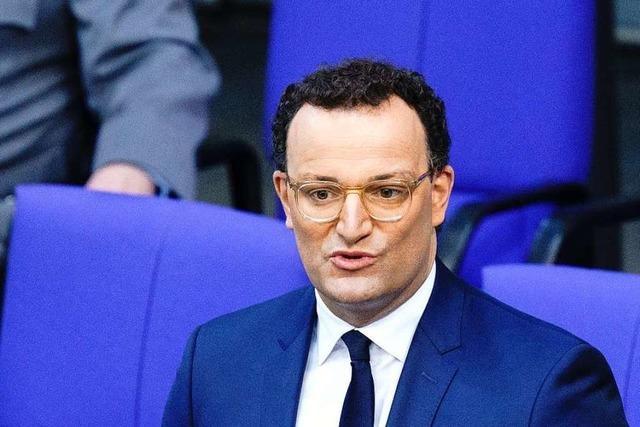 Gesundheitsminister Spahn stellt sich den Bundestagsabgeordneten