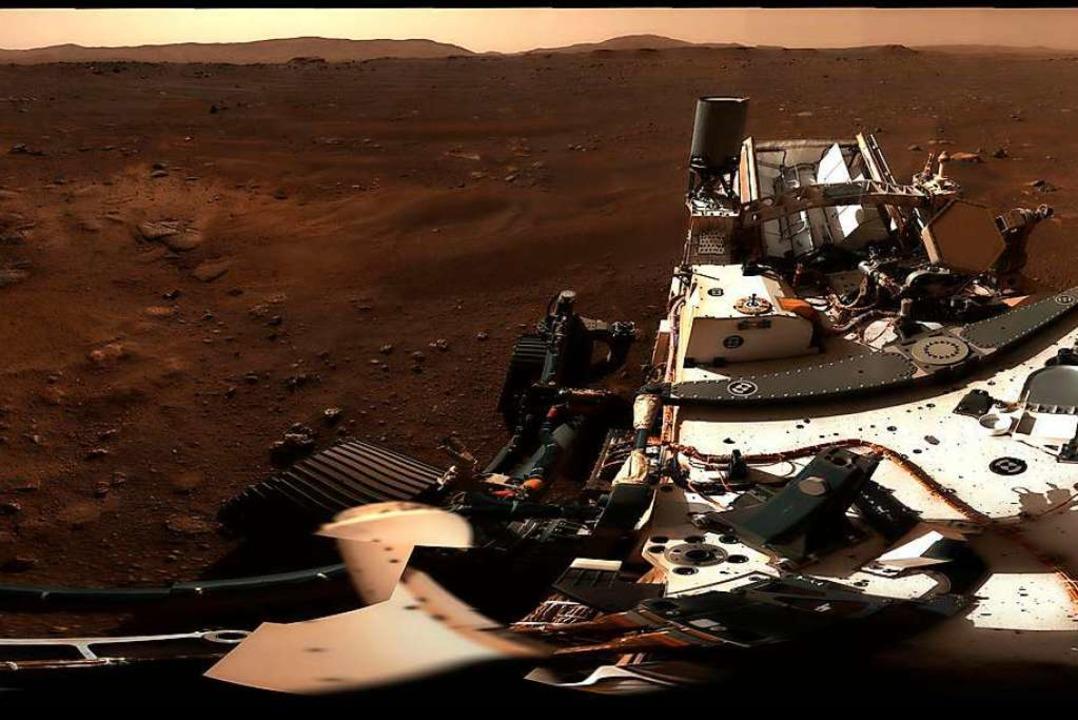 Dieses Bild zeigt das erste 360-Grad-P... US-Rover «Perseverance», aufgenommen.  | Foto: - (dpa)