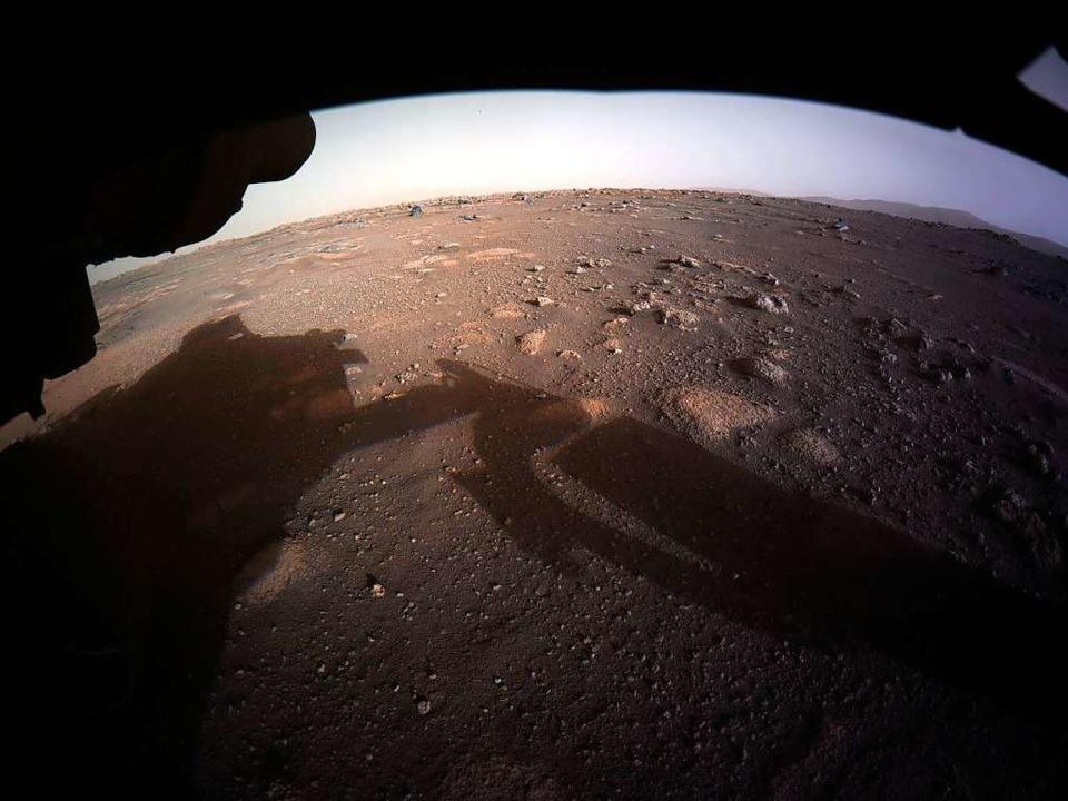 Dieses von der Nasa zur Verfügug geste...Aufnahmen vom Mars zur Erde geschickt.  | Foto: -- (dpa)