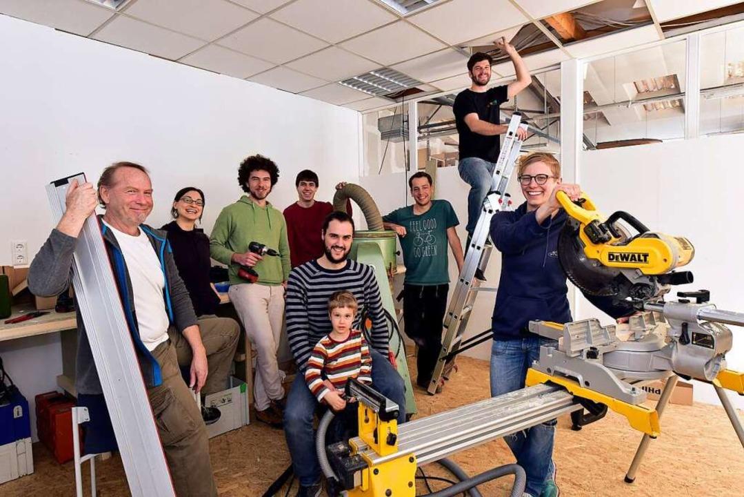 Motiviert: ganz vorn Norbert Pfanner, ... (3) und Dörte Peters (von links).      | Foto: Thomas Kunz