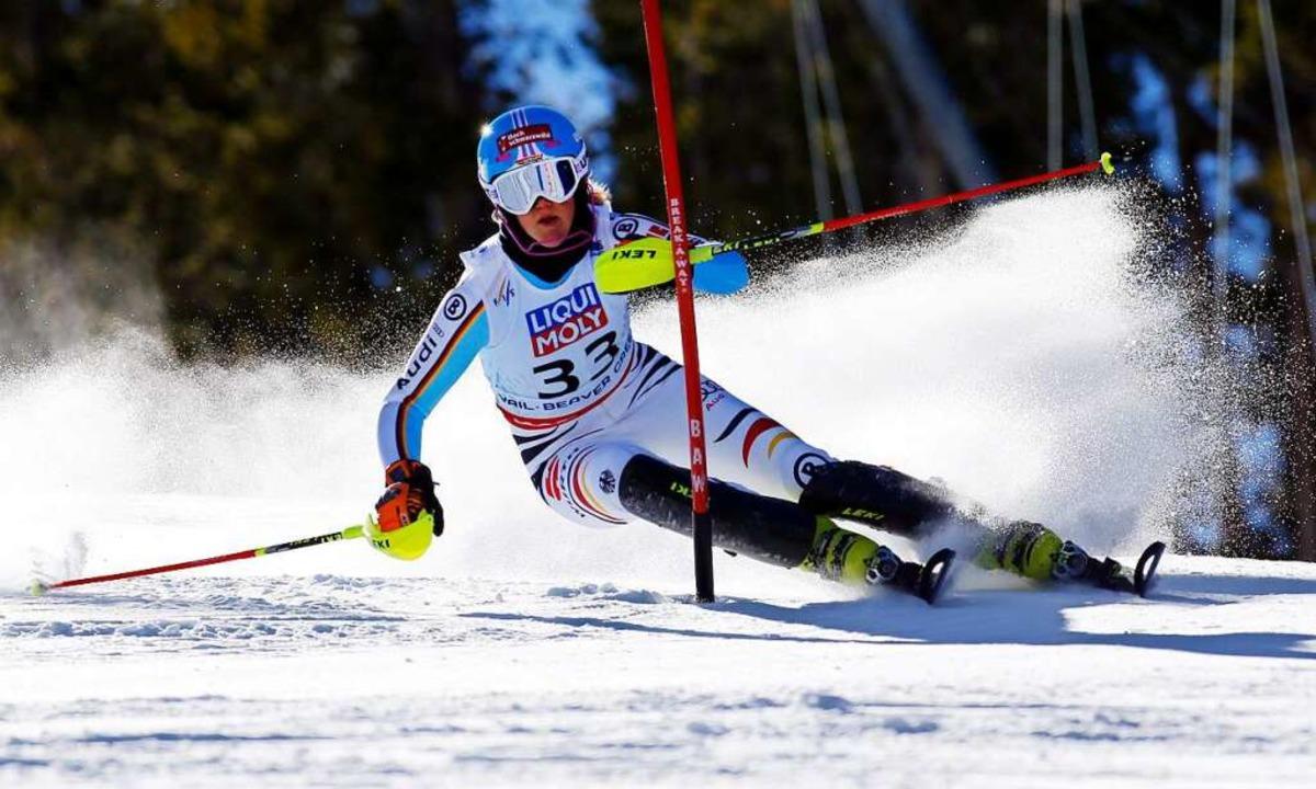 Maren Wiesler umkurvt eine Slalomstang... bislang größte Erfolg ihrer Karriere.  | Foto: NATHAN BILOW