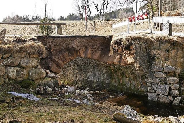 Brücke ist gesperrt