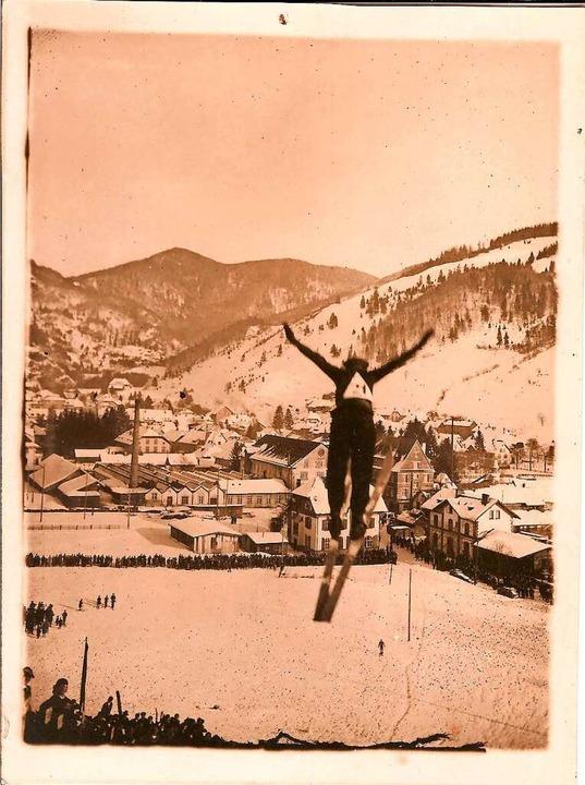 Skispringen am Lisbühl in Todtnau (1920er Jahre)  | Foto: Benno Dörflinger