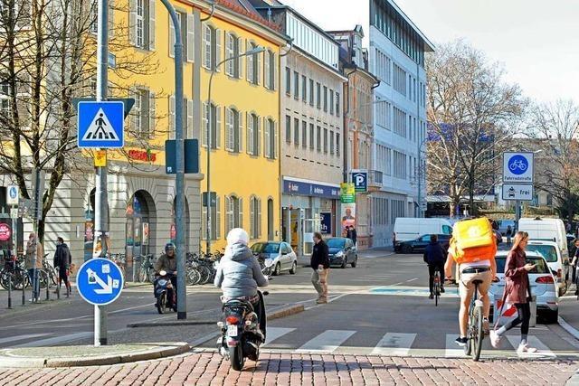 Freiburgs Rempartstraße wird für Kraftfahrzeuge zur Einbahnstraße
