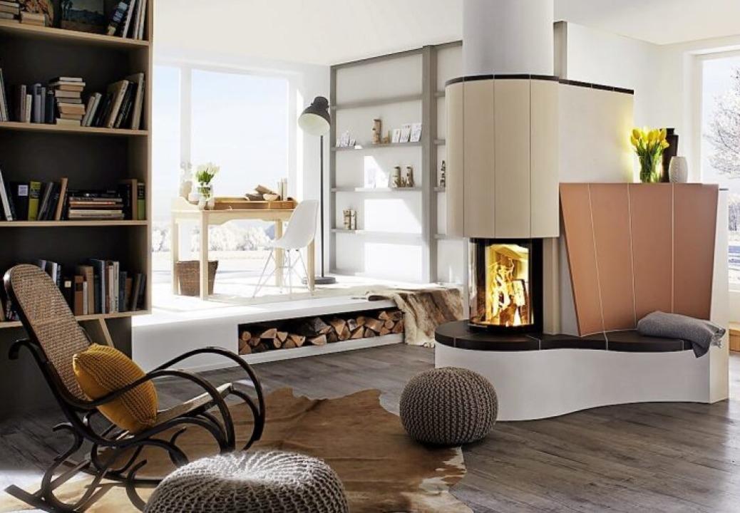 Knisterndes Feuer bringt Behaglichkeit ins Haus.    Foto: AdK