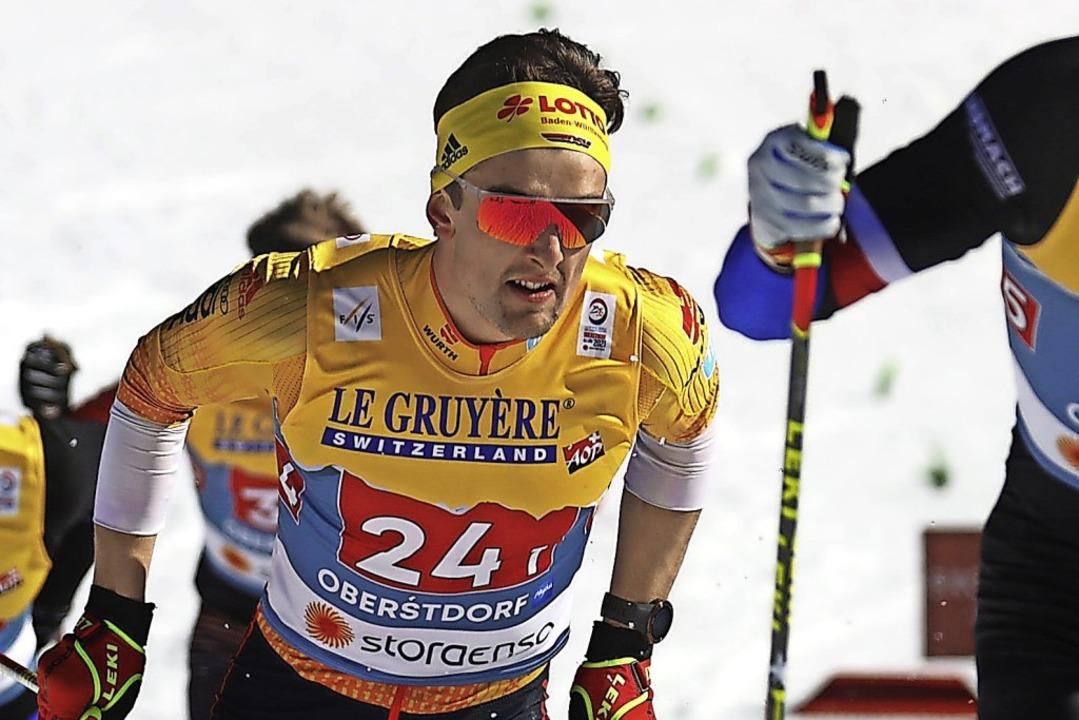 Ein Österreicher fährt Janosch Brugger... sich für das Finale zu qualifizieren.  | Foto: Karl-Josef Hildenbrand (dpa)