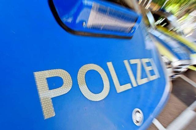 Alkoholisierter Mann verletzt drei Beamte leicht