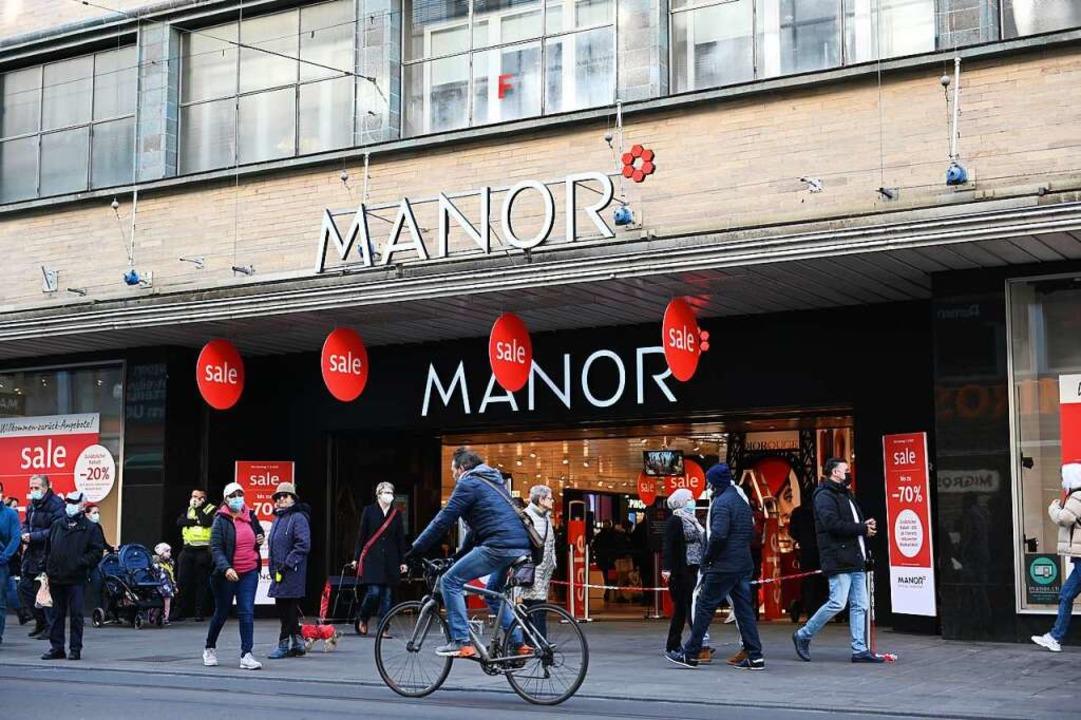 In der Schweiz dürfen wieder alle Geschäfte öffnen.  | Foto: Jonas Hirt