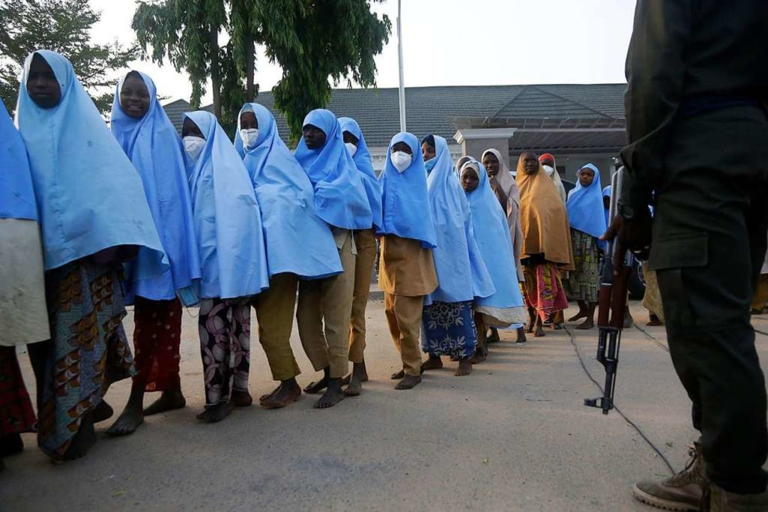Hunderte verschleppte Schulmädchen aus...Staat Nigeria sind wieder in Freiheit.  | Foto: Sunday Alamba (dpa)