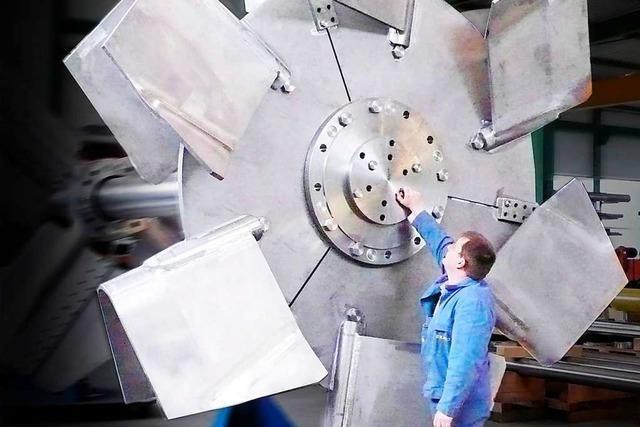 Ekato plant in Schopfheim eine 30 Meter hohe Testhalle