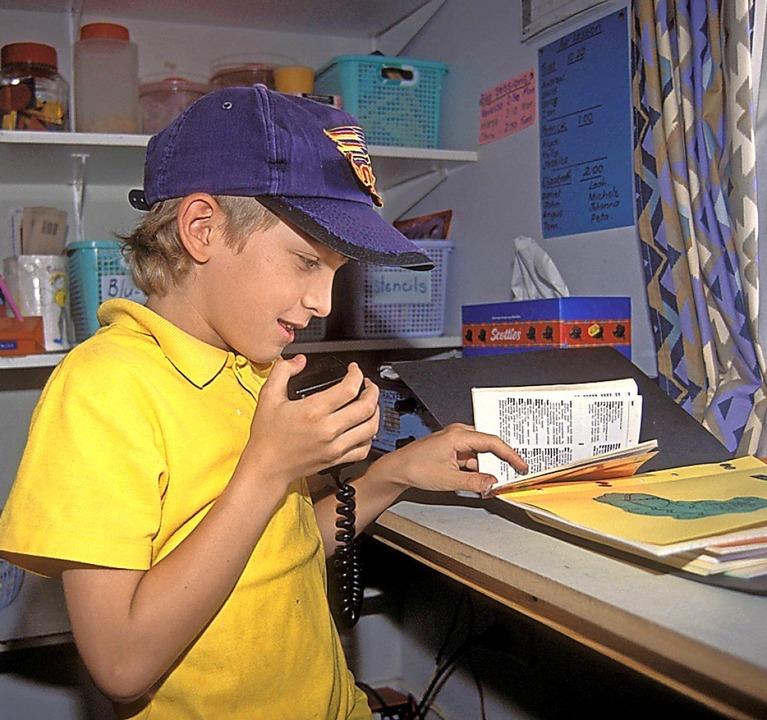 Schulunterricht am Funkgerät  2006<BZ-Foto>Imago</BZ-Foto>