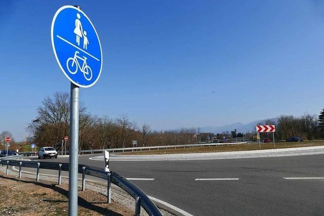 Radfahrer kritisieren Situation an den drei Kreiseln bei Neuenburg