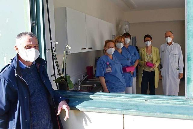 Klinikpersonal Rheinfelden bekommt eine Küchenzeile gespendet