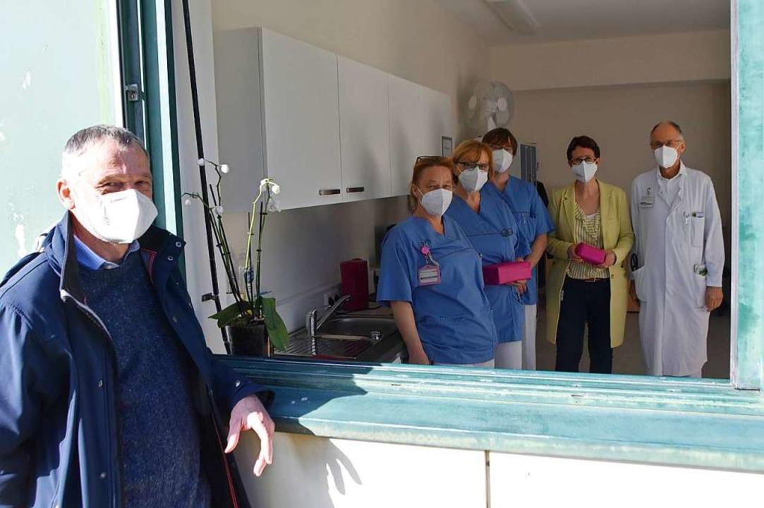 Der Förderverein Kreiskrankenhaus hat ... und Chefarzt Udo Schwehr (von links).    Foto: Horatio Gollin