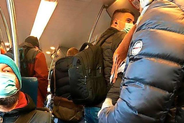 Warum Züge auf der Wiesentalbahn teilweise voll sind
