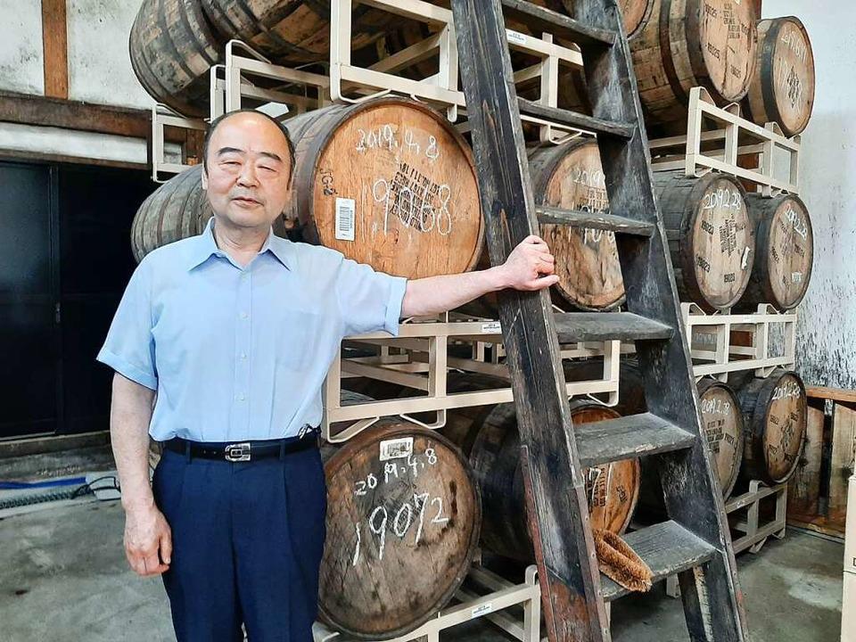 Tetsuzo Yamaguchi brennt jetzt auch Whisky.    Foto: Felix Lill