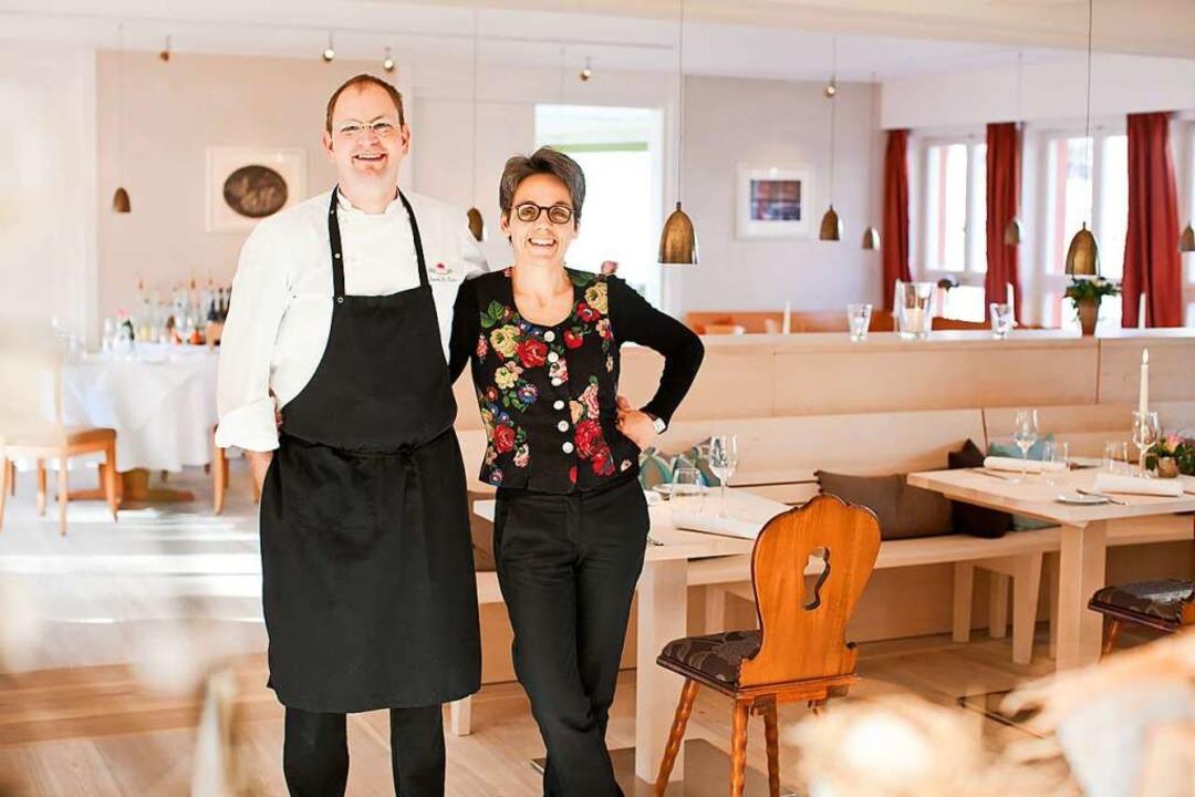 Küchenchef Hanspeter Rombach und seine...tra Rombach von der Sonne in St. Peter  | Foto: Schirmaier