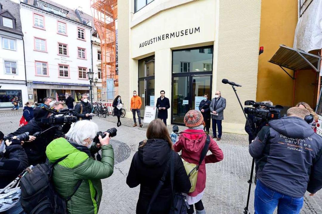 Gestern wurden Strategie und neue Testzentren vorgestellt  | Foto: Ingo Schneider