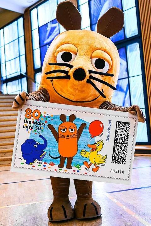 Zum Jubiläum gibt's auch eine Sonderbriefmarke.    Foto: Ben Knabe (dpa)