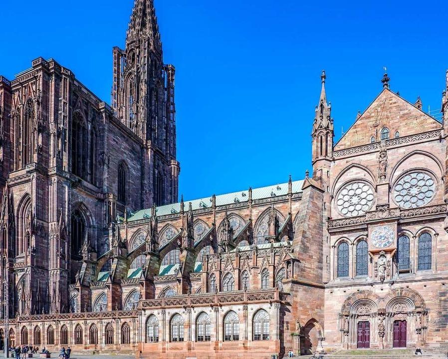 Prachtvoller Anblick ohne Gerüst: die ...er Münsters ist aktuell frei zu sehen.  | Foto: Anne Telöw
