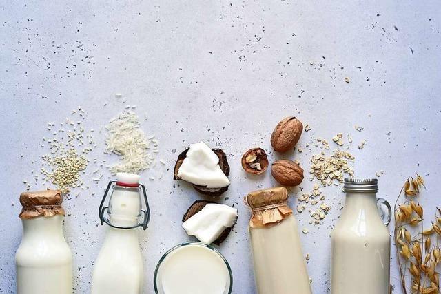 Klimabilanz und Nährstoffe: Wie gut sind pflanzliche Milch-Alternativen?