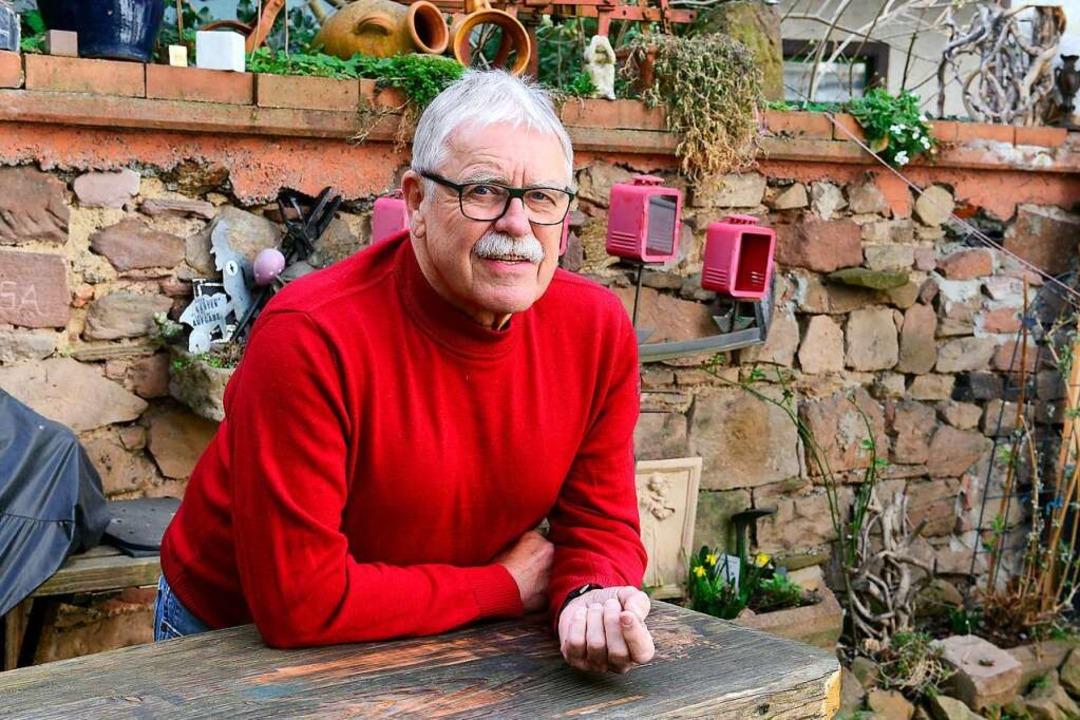 Ulrich Armbruster in seinem Hinterhof    Foto: Ingo Schneider